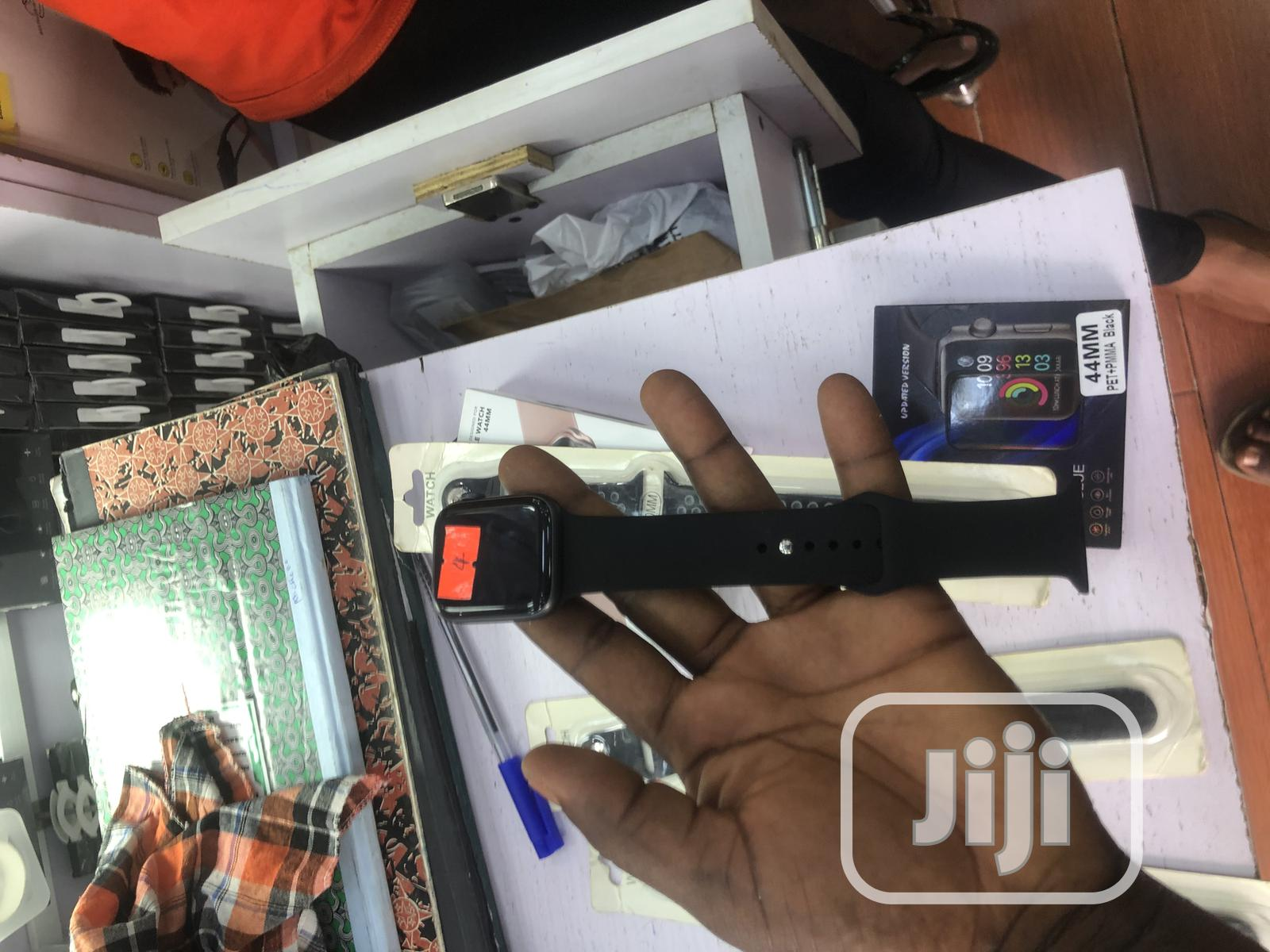 Iwatch Series 4 44mm Gps+Cellular | Smart Watches & Trackers for sale in Ikeja, Lagos State, Nigeria