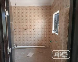 2 Bedroom Flat In Kolapo Ishola Estate, Akobo | Houses & Apartments For Rent for sale in Ibadan, Akobo