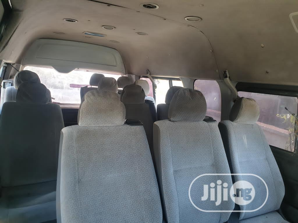 Toyota Hiace 2015 White High Roof | Buses & Microbuses for sale in Gwarinpa, Abuja (FCT) State, Nigeria