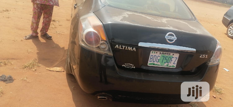 Archive: Nissan Altima 2007 Black