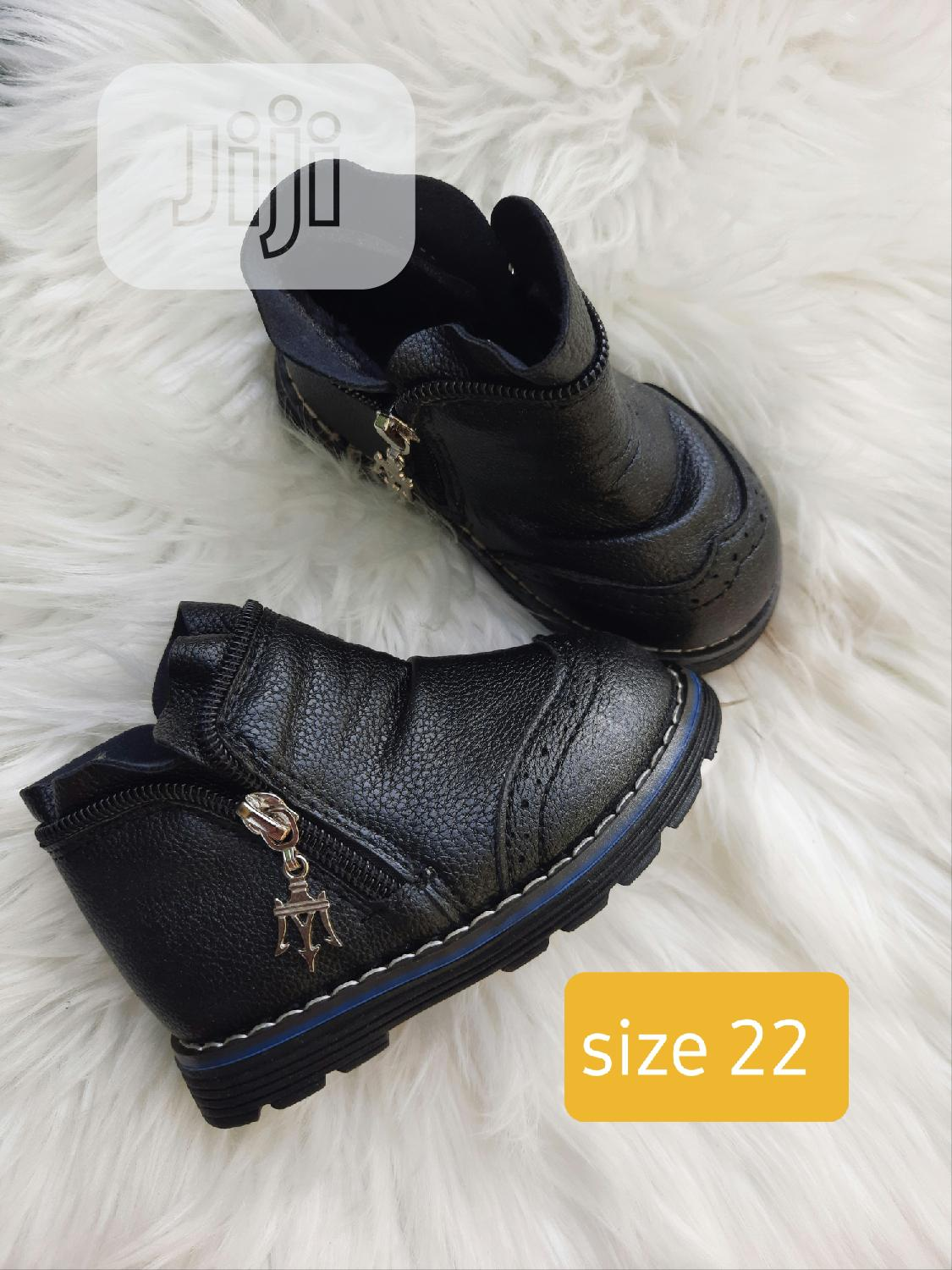 Brand New Quality Boys Outing Shoe In Size 22