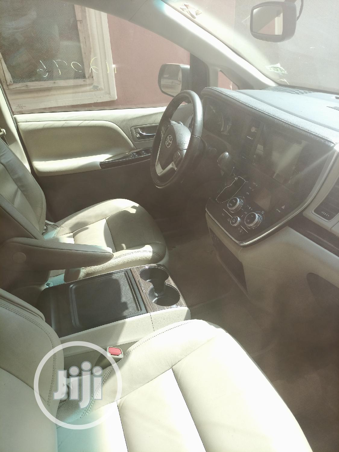 Toyota Sienna 2016 Red   Cars for sale in Amuwo-Odofin, Lagos State, Nigeria