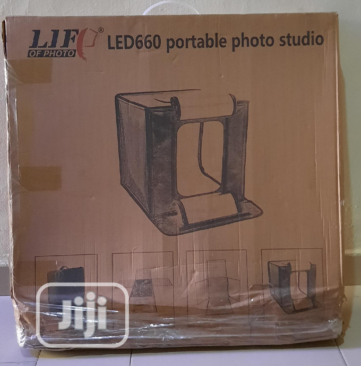 Archive: LIGHTBOX For Product Shoot Photography