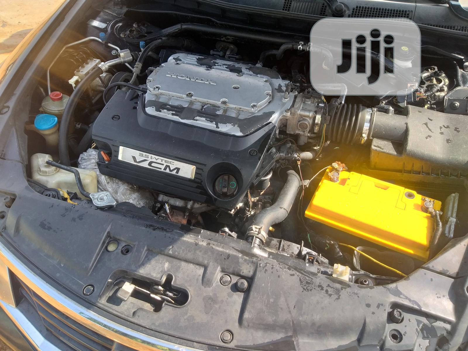 Archive: Honda Accord 2009 2.0 I-Vtec Black