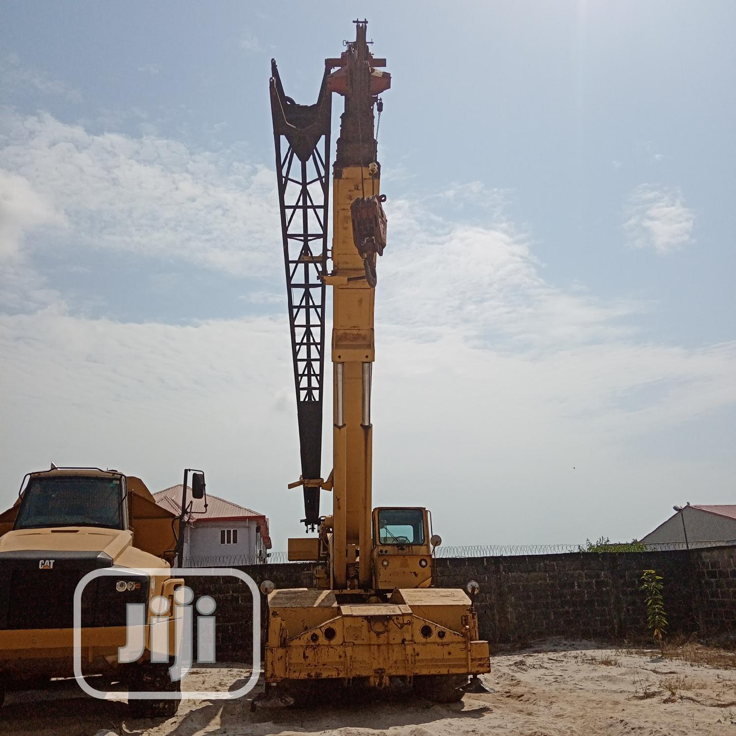 35tons Grove Crane 4x4   Heavy Equipment for sale in Ibeju, Lagos State, Nigeria