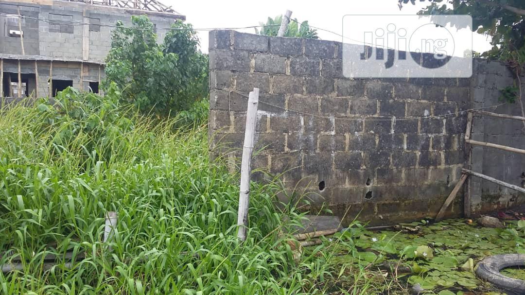 A Full Plit of Land at Jjafojo Estate Iyana Ipaja   Land & Plots For Sale for sale in Alimosho, Lagos State, Nigeria