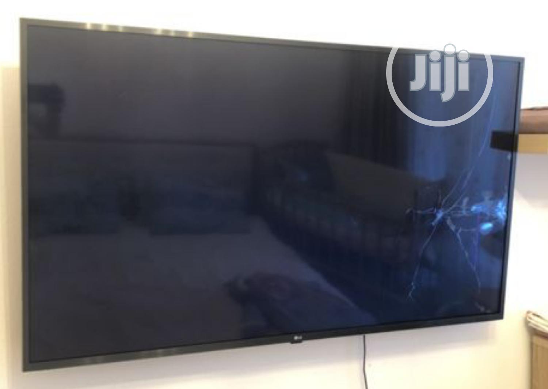 """New LG 55""""Smart Satellite 4K Uhd Tv(55un70) Magic Remote"""