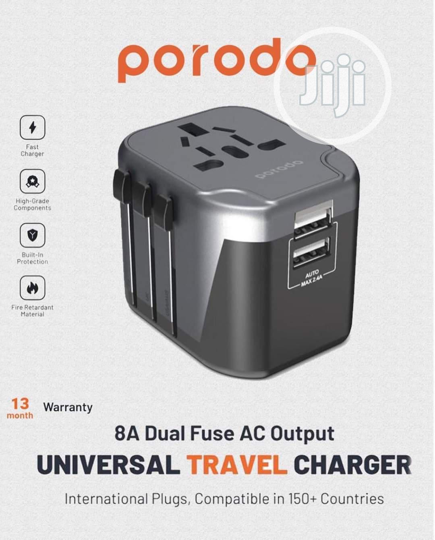PORODO Universal Travel Charger