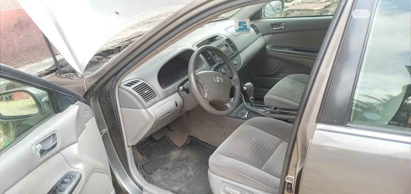 Toyota Camry 2005 Gray | Cars for sale in Amuwo-Odofin, Lagos State, Nigeria