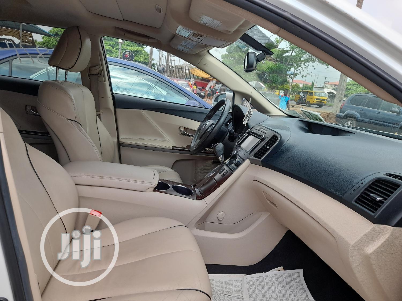 Archive: Toyota Venza 2013 XLE FWD White