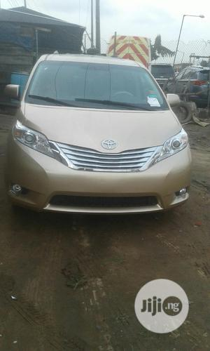 Toyota Sienna 2012 XLE 8 Passenger Gold | Cars for sale in Lagos State, Ikeja