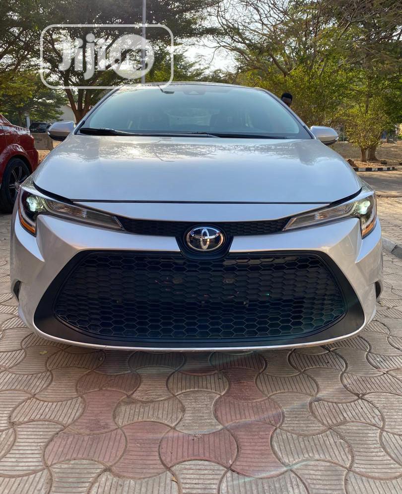 New Toyota Corolla 2020 XLE Silver