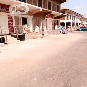 Strategically Located Lock Up Shop In Kaura District Market   Commercial Property For Sale for sale in Abuja (FCT) State, Kaura