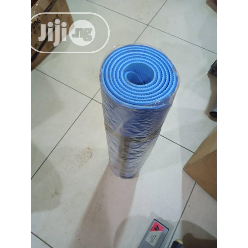 TD103Y YOGA MAT With Moisture Resistance- Blue Double Colour | Sports Equipment for sale in Surulere, Lagos State, Nigeria