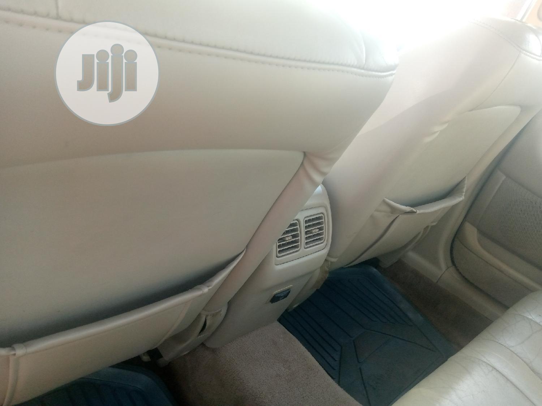 Archive: Toyota Avalon 2002 XLS w/Bucket Seats Gold
