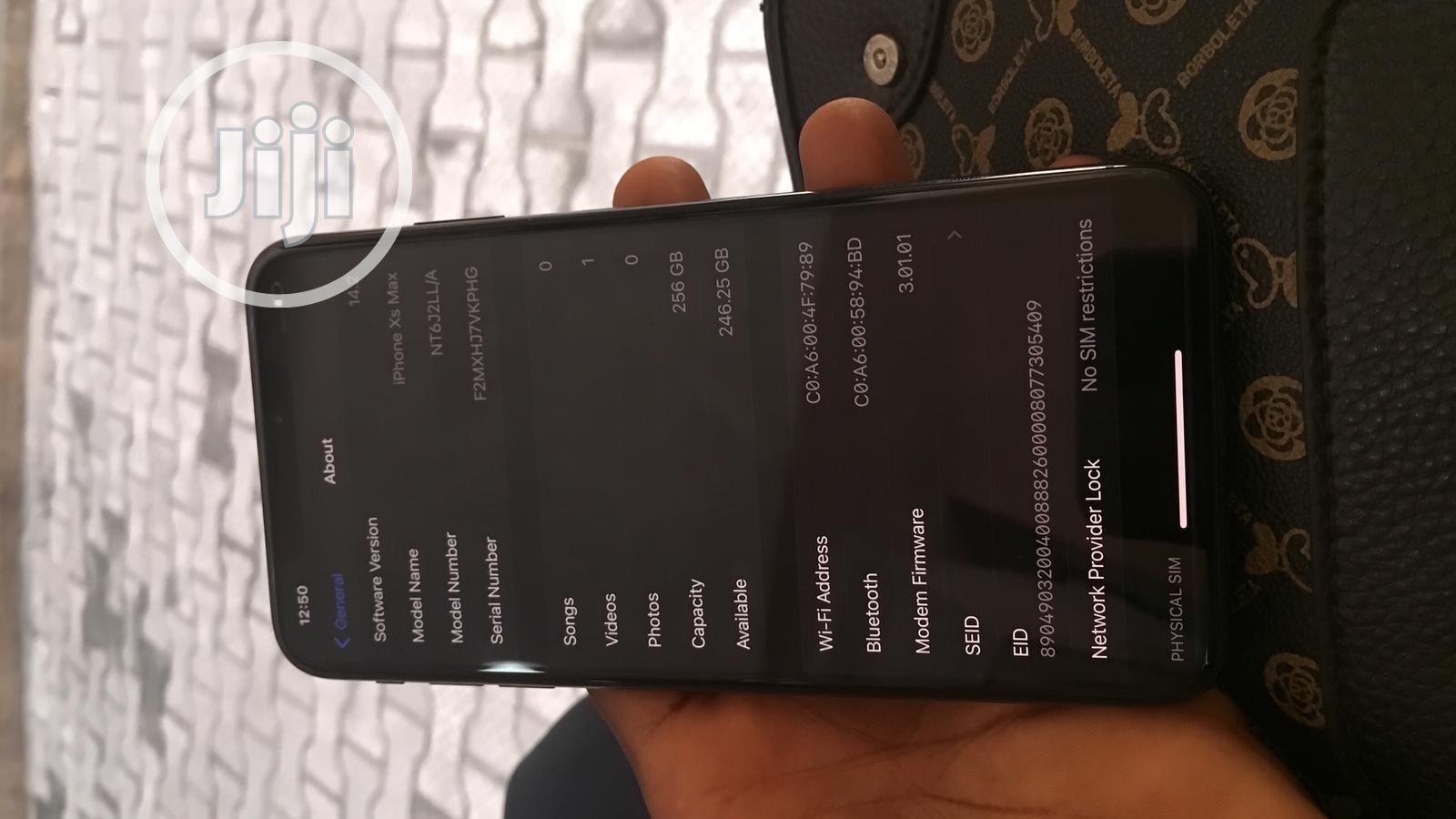 Archive: New Apple iPhone XS Max 256 GB Black