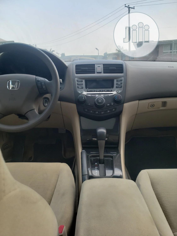 Archive: Honda Accord 2006 2.0 Comfort Automatic White