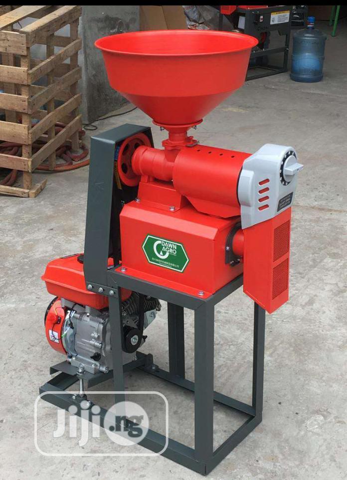 Original Gasoline Rice Milling Machine