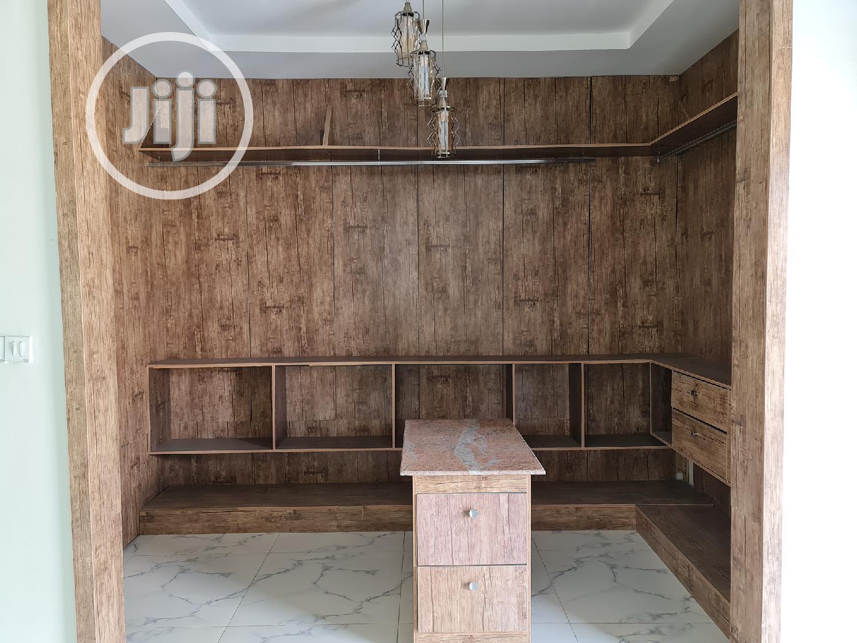 Archive: 5 Bedroom Detached Duplex