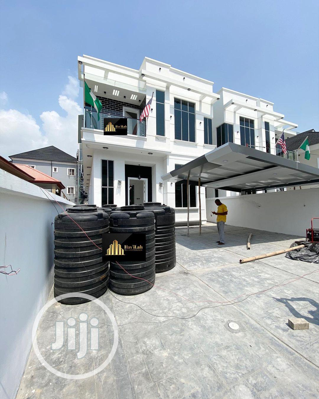 Contemporary 5bedroom FULLY Detached Duplex