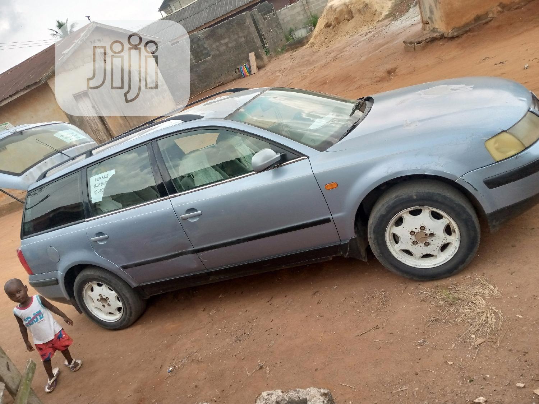 Archive: Volkswagen Passat 2004 1.8 T Automatic Blue