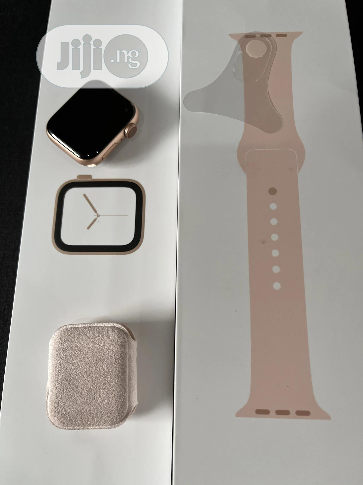 Archive: Iwatch Series 4 40mm