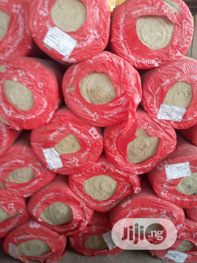 50mm Thick Bonus Rockwool Insulation 80 Density