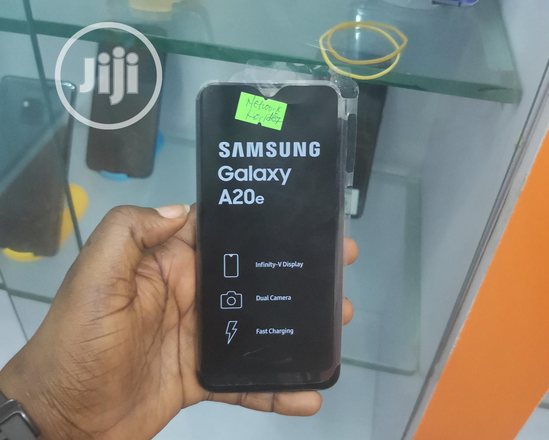 Archive: Samsung Galaxy A20e 32GB Black