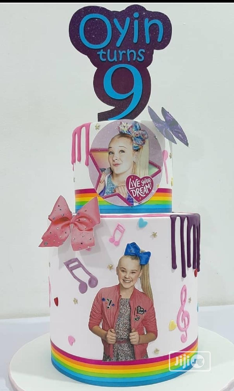 Kiddies Cakes 30th Birthday Cake