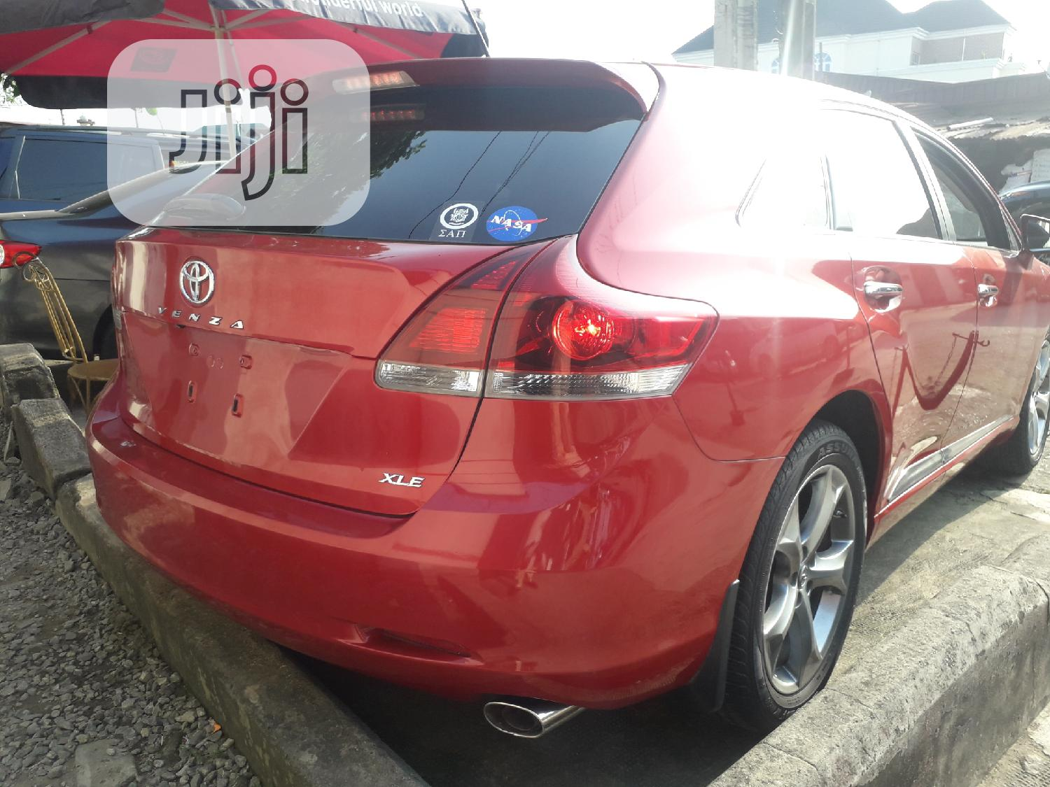 Archive: Toyota Venza 2013 XLE AWD Red