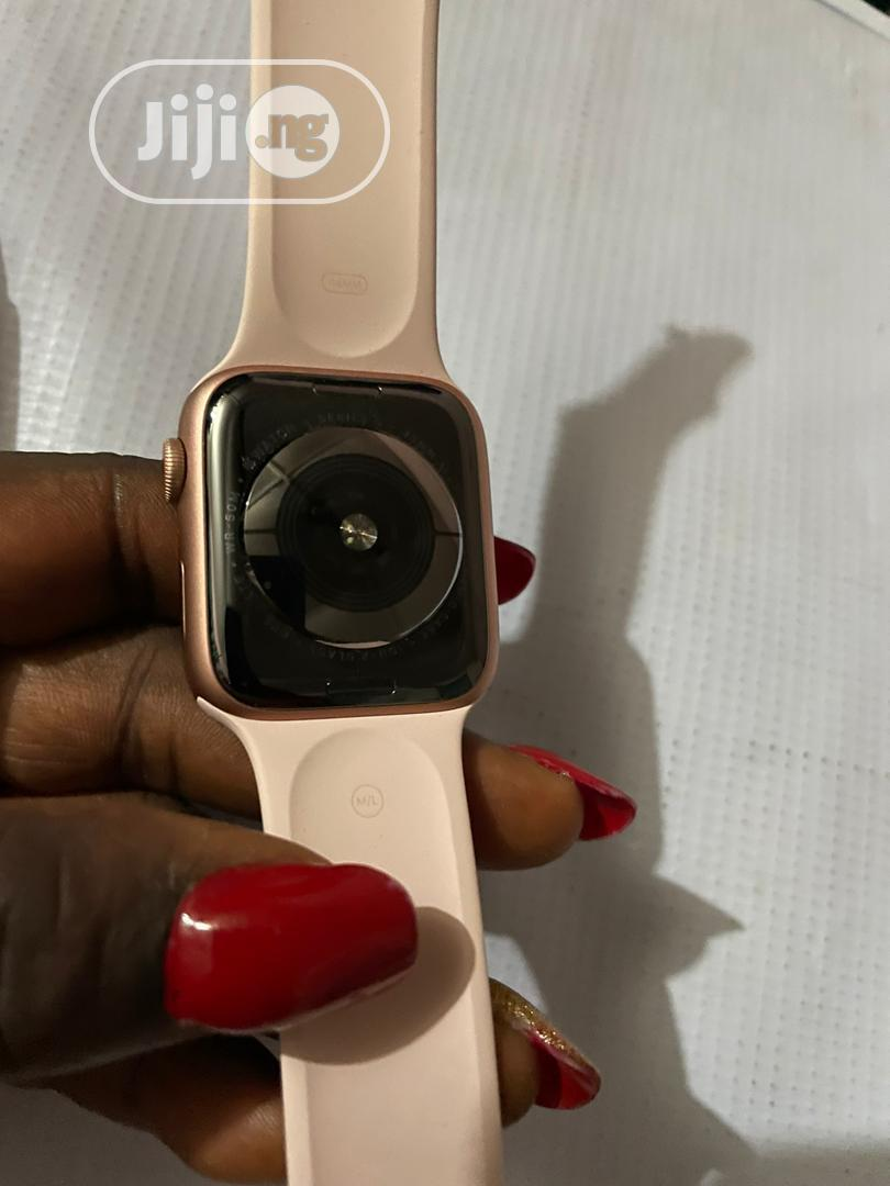 Like New Apple Watch Series 5 (GPS + Cellular) 44mm   Smart Watches & Trackers for sale in Victoria Island, Lagos State, Nigeria