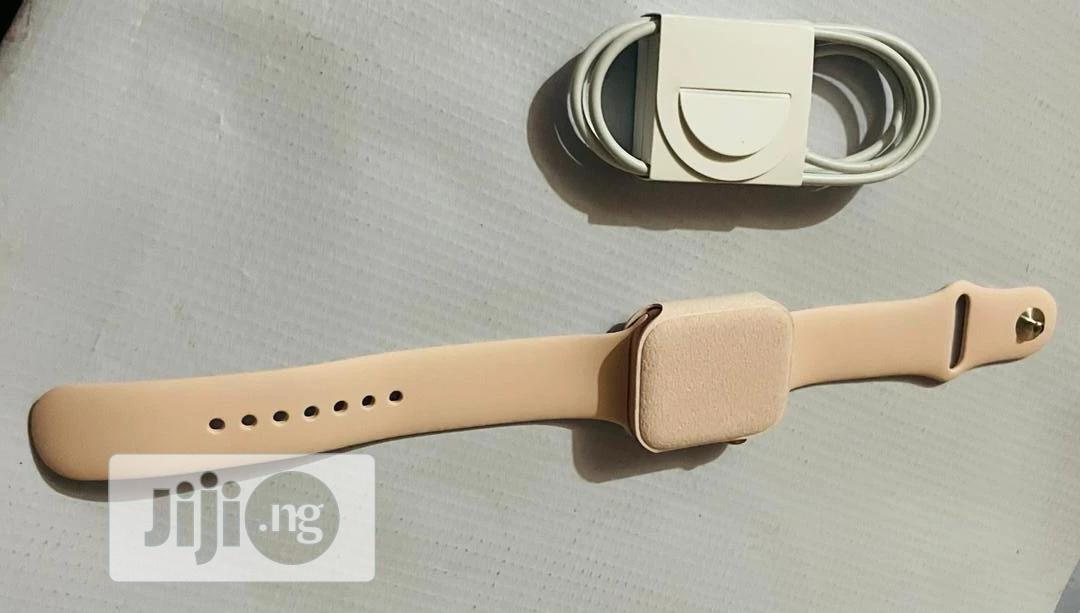 Like New Apple Watch Series 5 (GPS + Cellular) 44mm