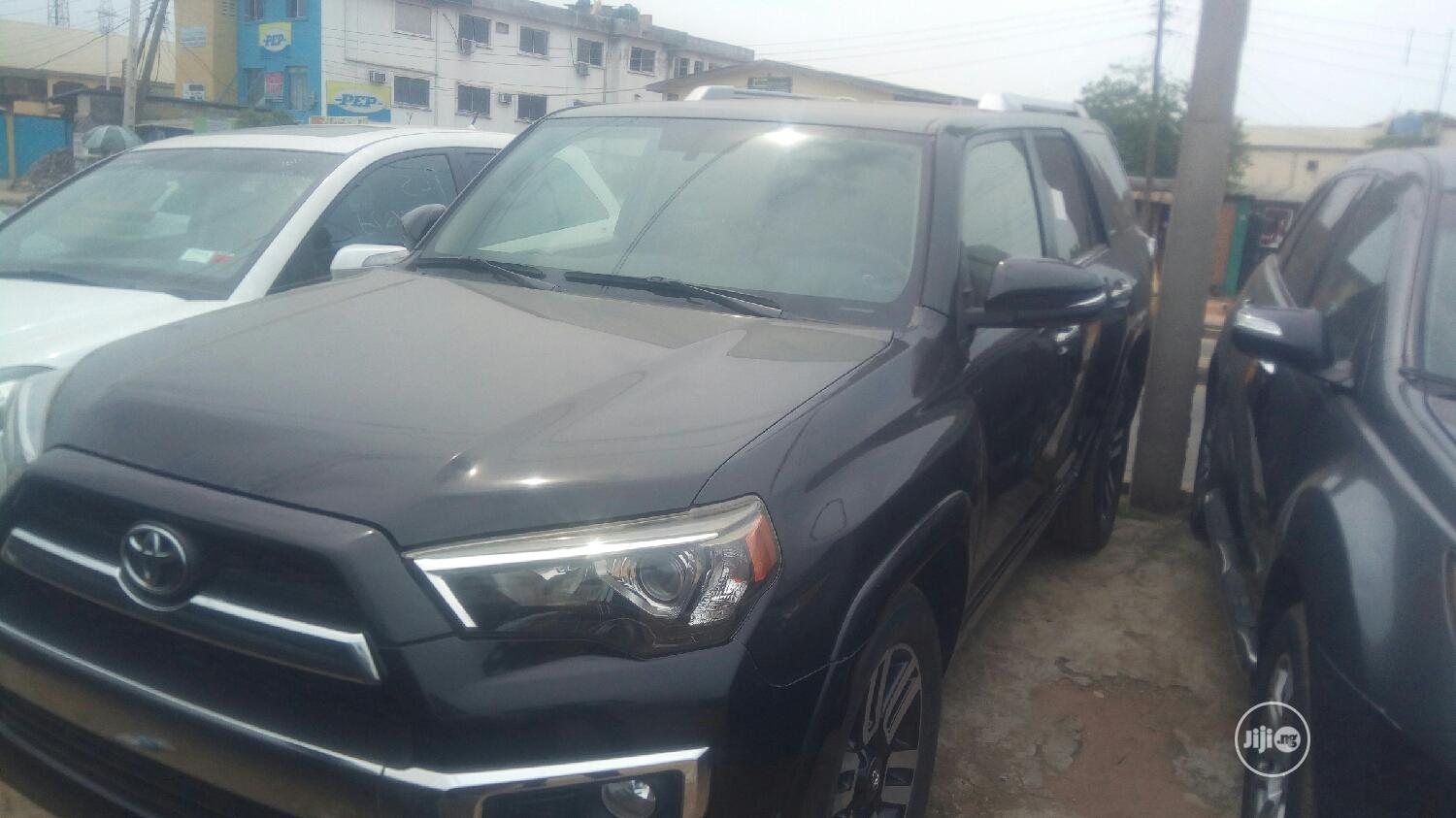 Toyota Highlander 2014 Black | Cars for sale in Isolo, Lagos State, Nigeria