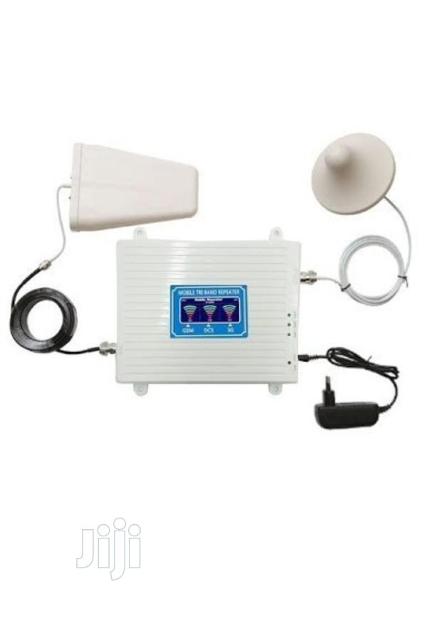 4G, 3G, 2G Mobile Triband Signal Network Booster