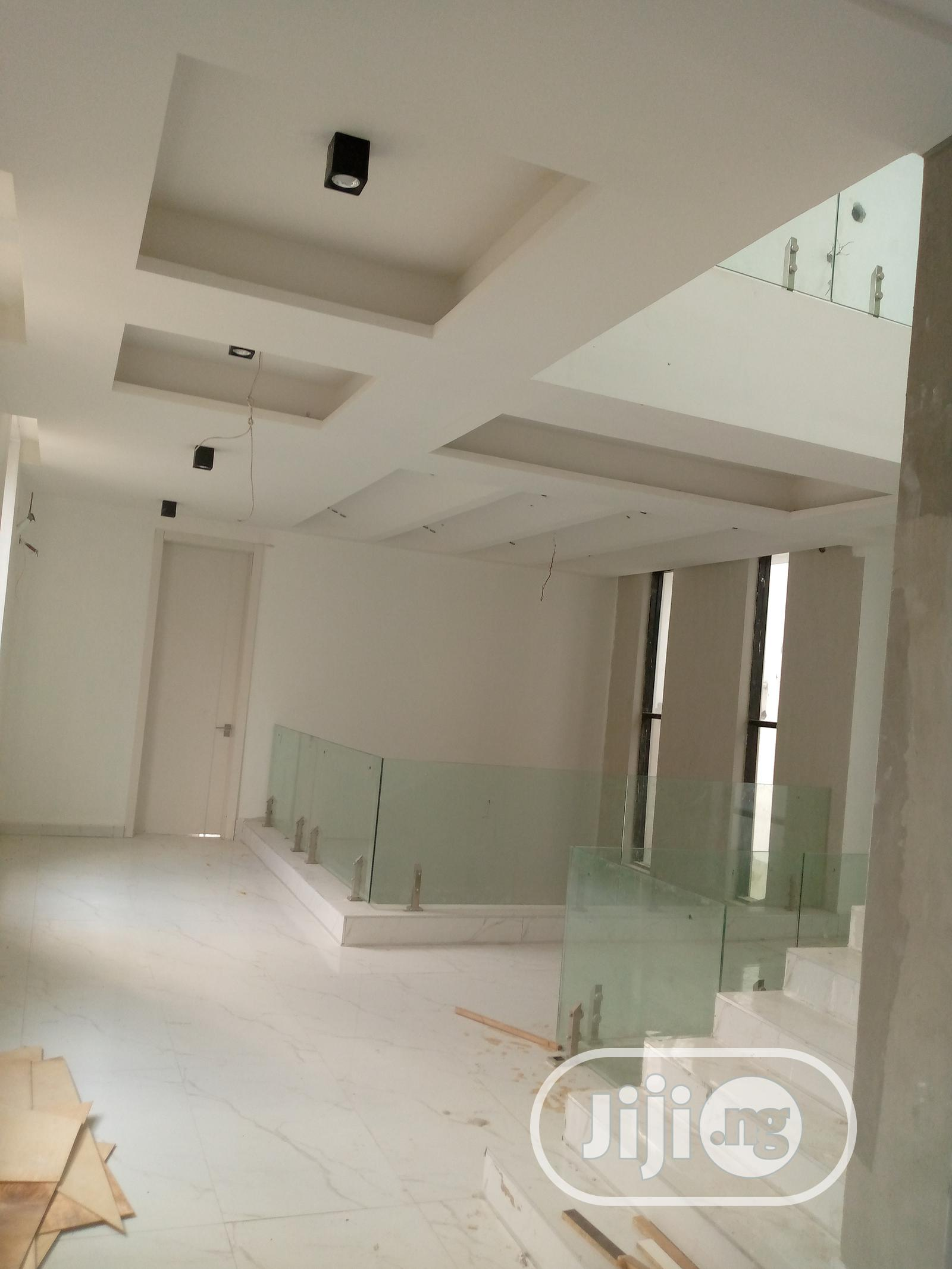 Newly Built 5 Bedroom Duplex With 2 Rooms Bq For Sale