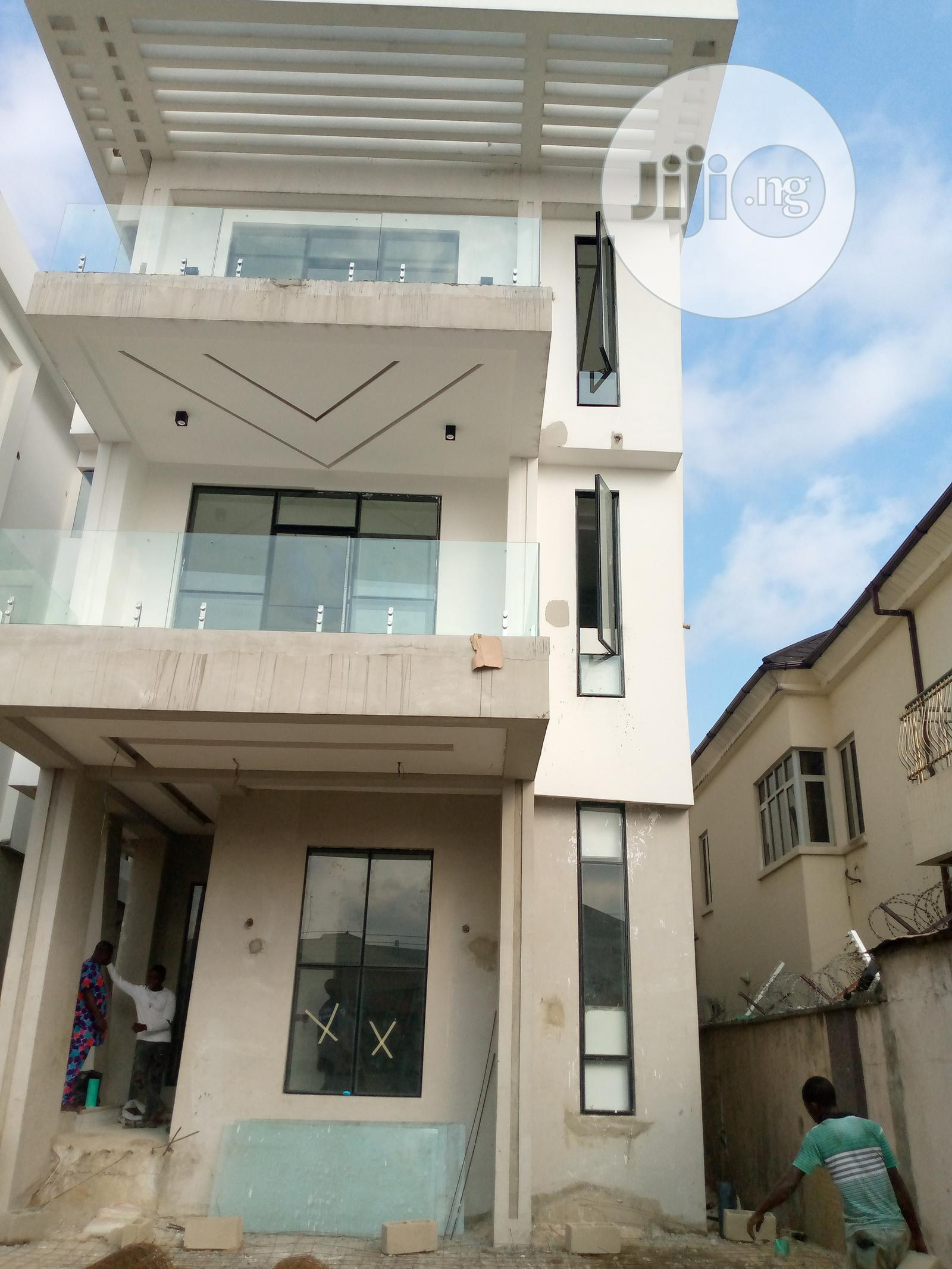 Newly Built 5 Bedroom Duplex With 2 Rooms Bq For Sale | Houses & Apartments For Sale for sale in Asokoro, Abuja (FCT) State, Nigeria