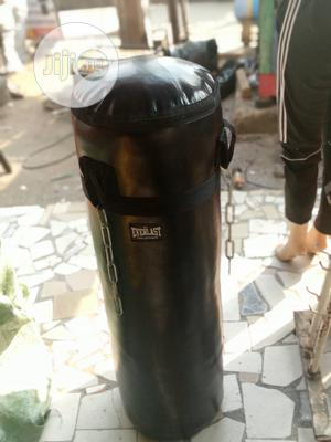 Punching Bag Everlast | Sports Equipment for sale in Lagos State, Shomolu