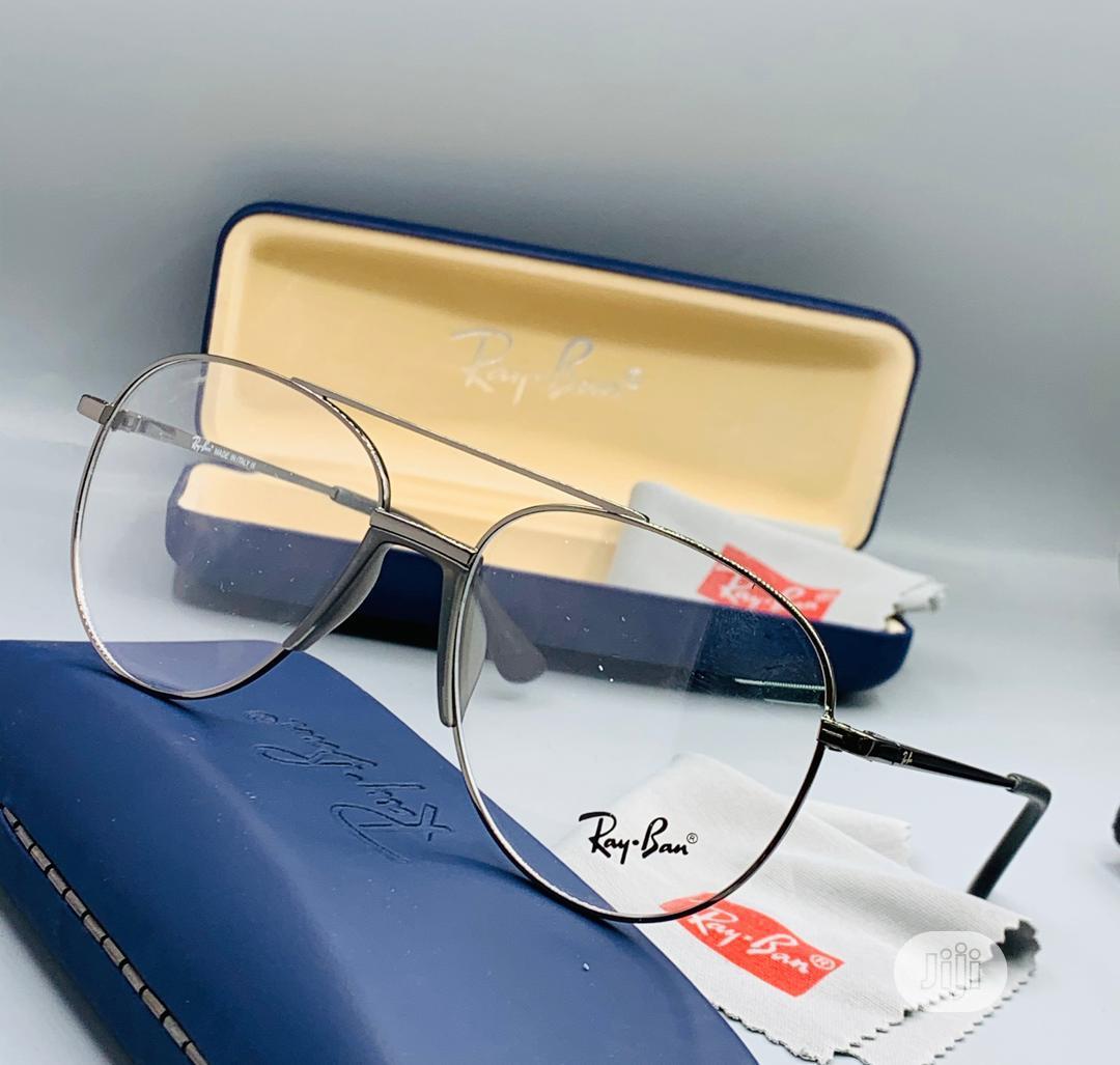 High Quality RAY BAN Glasses