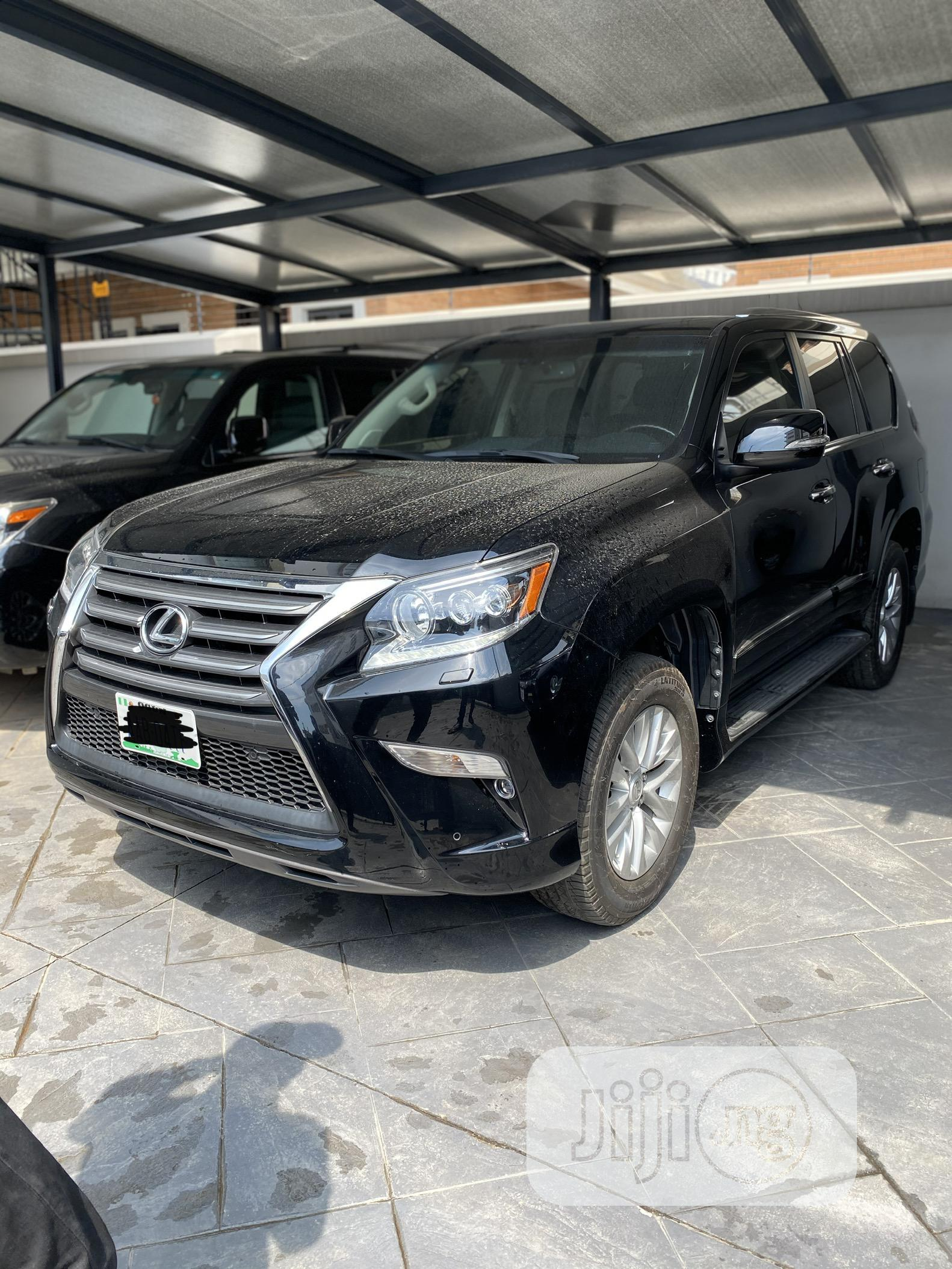 Archive: Lexus GX 2017 Black