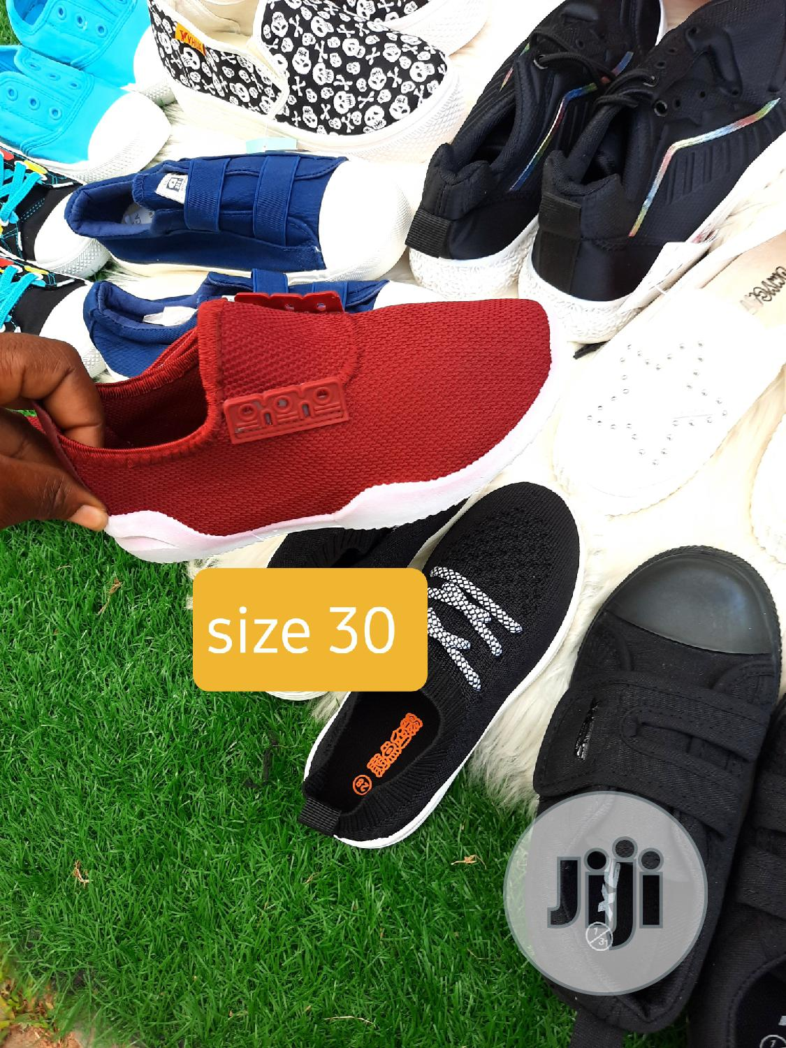 Archive: Brand New Kiddies Sneakers in Size 30