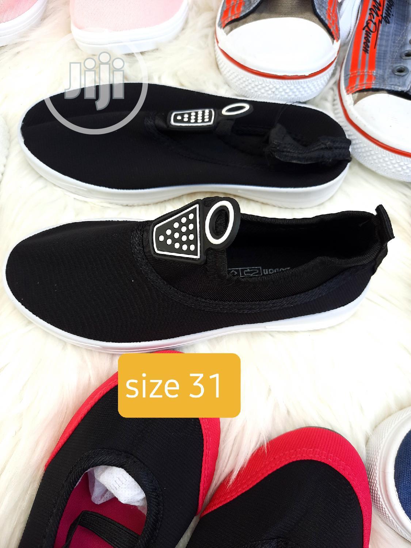 Brand New Kiddies Sneakers in Size 31