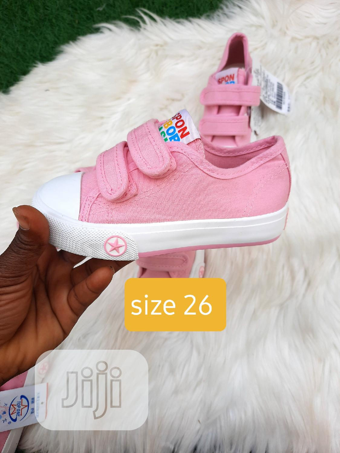 Brand New Kiddies Sneakers In Size 26