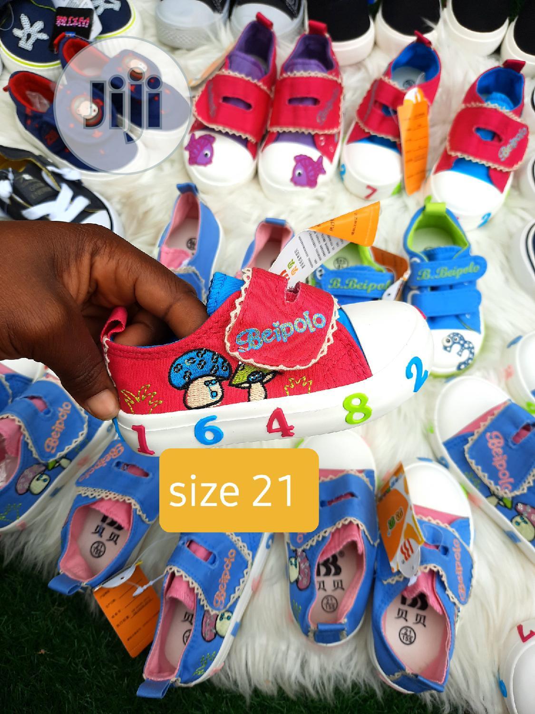 Brand New Kiddies Sneakers In Size 21