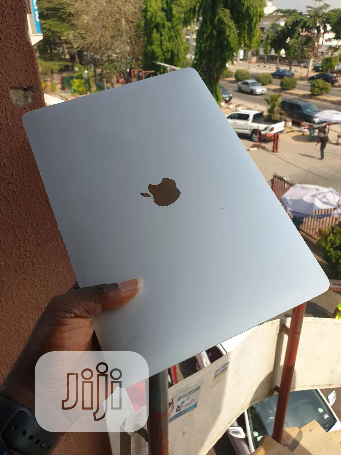 Laptop Apple MacBook 2018 8GB Intel Core I5 SSD 256GB   Laptops & Computers for sale in Wuse 2, Abuja (FCT) State, Nigeria