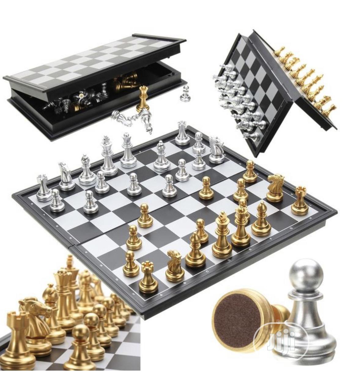 Magnetic Silver & Gold Chess Board