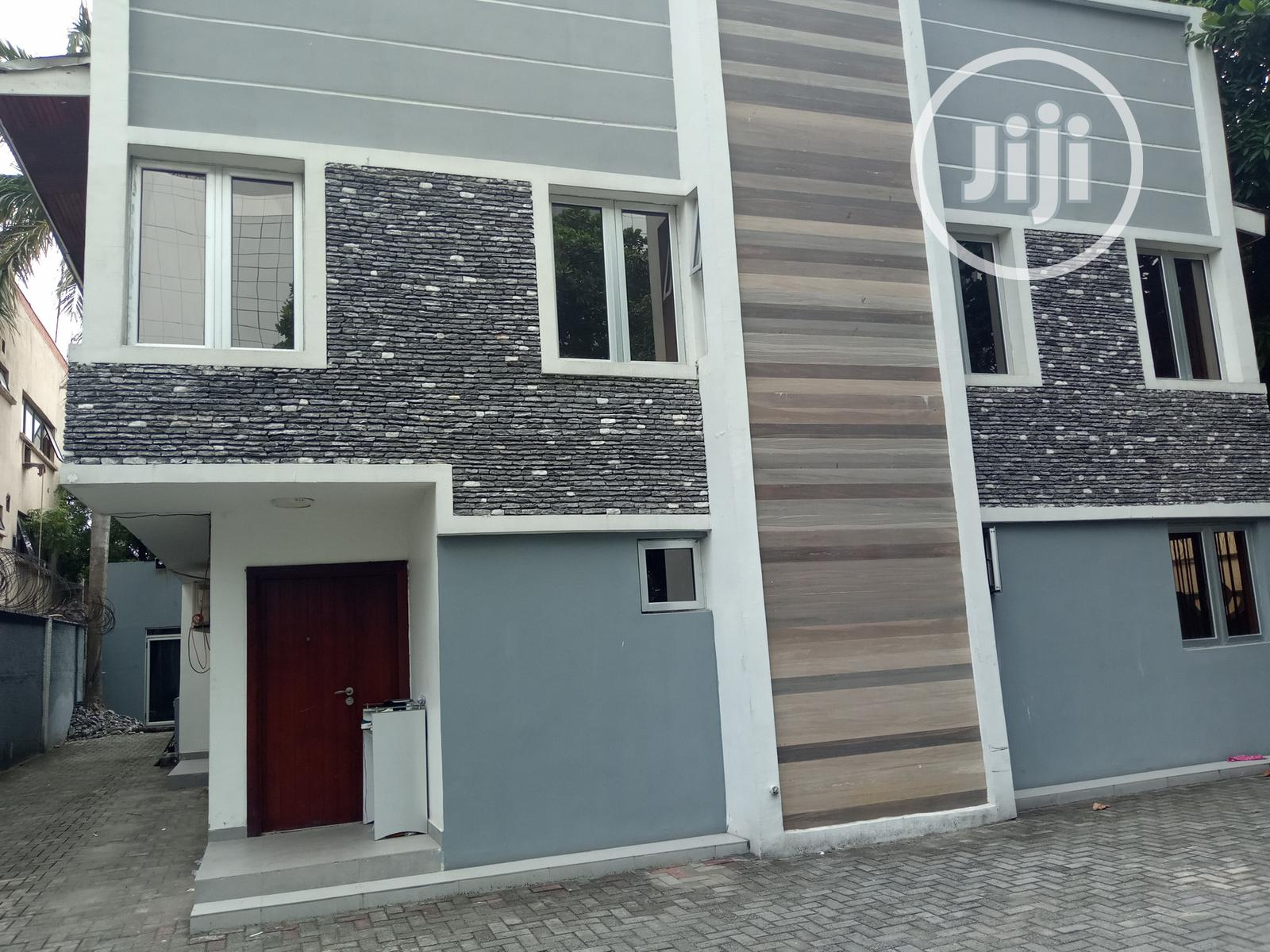 7 Bedrooms Fully Detached Duplex To Let At Victoria Island | Commercial Property For Rent for sale in Victoria Island, Lagos State, Nigeria