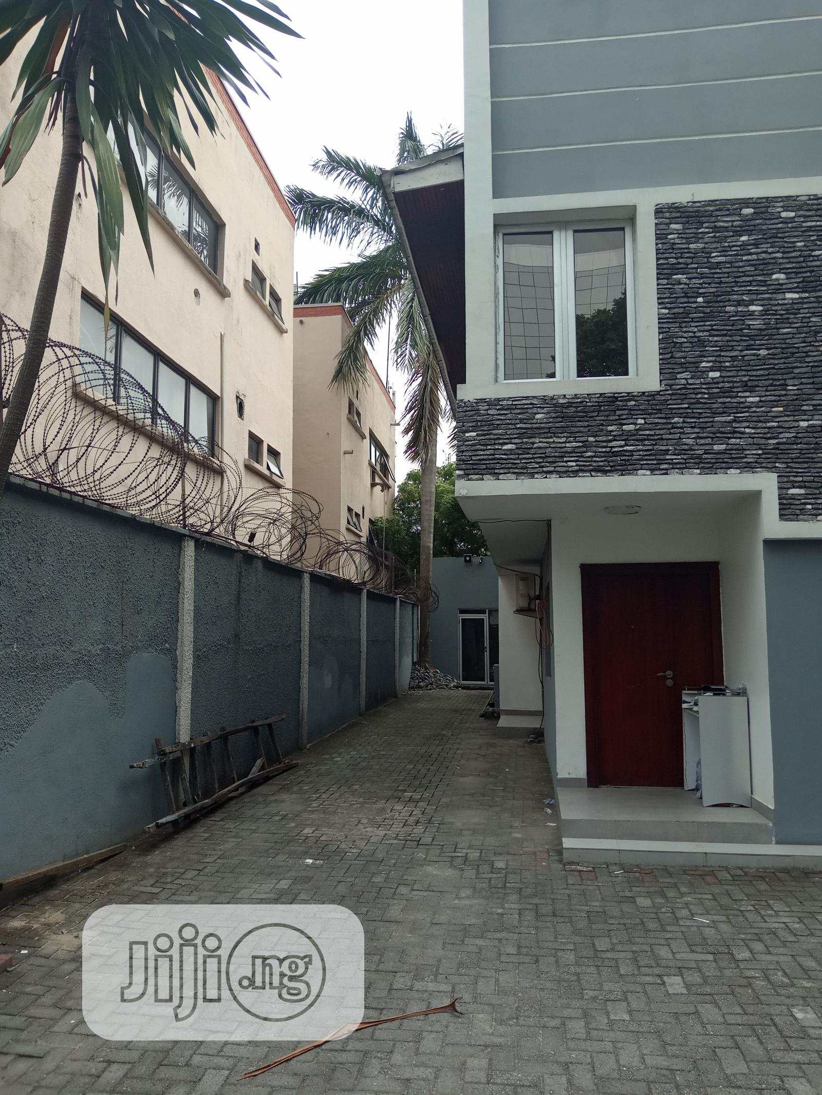 7 Bedrooms Fully Detached Duplex To Let At Victoria Island