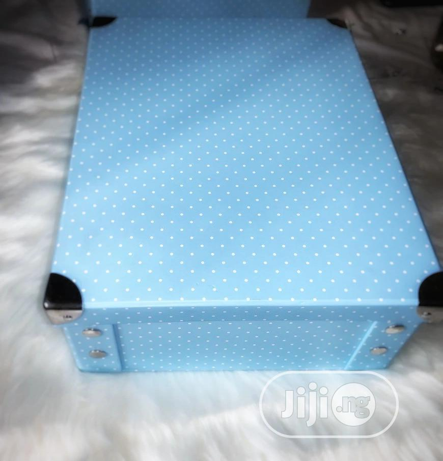 Archive: Luxury Gift Box