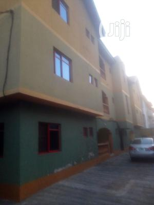 A Standard Clean 3 Bedroom Flat For Rent   Houses & Apartments For Rent for sale in Lagos State, Alimosho