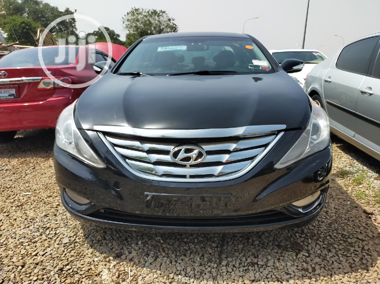 Archive: Hyundai Sonata 2012 Black